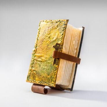 SK-1006. Сапун книга за подарък, Уникат.