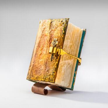 SK-1012. Сапун книга, Уникат, Свеж Подарък за мъж